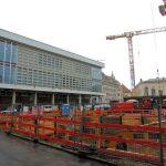 Baugrube QV-1 und Kulturpalast
