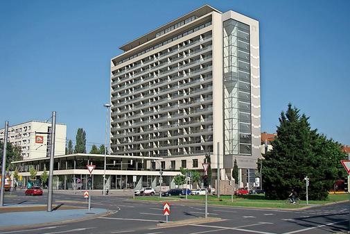 Neuer Anlauf für Hochhaus am Pirnaischen Platz in Dresden