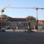 Die neue Gebäudeansicht vom Quartier VI von der Ostseite des Neumarktes aus