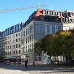 Blick in die Galeriestraße auf die Quartiere V-1 (Moritzhaus) und VI (USD)