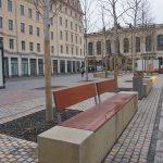 """Steinholzbank auf der Fläche des """"Grünen Gewandhauses"""""""