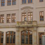 fertig gestelltes westliches Tor (jetzt Fenster) vom Regimentshaus