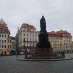 Denkmal Friedrich August II. und Quartier VI mit Frauenstraße