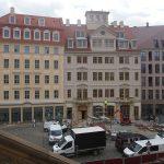 Jüdenhofseite des neuen Quartiers VI mit dem Regimentshaus (Mitte)