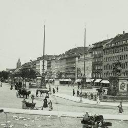 df_hauptkatalog_0041709_ Donadini, Ermenegildo Antonio_ Dresden-Neustadt. Neustädter Markt mit Reiterdenkmal August des S... , nach 1892