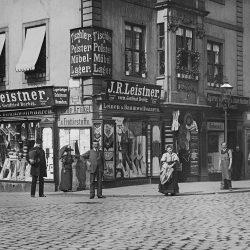 df_hauptkatalog_0044723_ Donadini, Ermenegildo Antonio_ Dresden-Neustadt, Blockhausgäßchen 3. Wohn- und Geschäftshaus. Ec... , um 1894