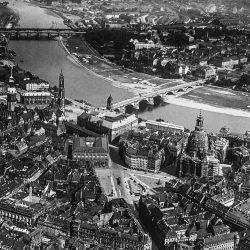 df_hauptkatalog_0312820_ Hahn, Walter_ Dresden_ Nördlicher Teil der inneren Altstadt und innere Neustadt_1925