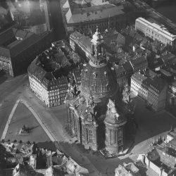 Dresden-Altstadt. Neumarkt mit Frauenkirche
