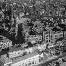 df_hauptkatalog_0313016_ Hahn, Walter_ Dresden_Nordöstlicher Teil der Altstadt, 1943