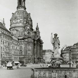 df_hauptkatalog_0359447_ Unbekannter Fotograf_ Frauenkirche, um 1935