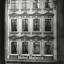 df_hauptkatalog_0402838_ Donadini, Ermenegildo Antonio_ Dresden-Neustadt. Wohn- und Geschäftshaus (1737), Große Meißner S... , um 1890